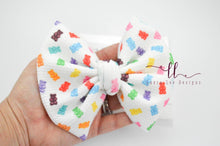 Large Julia Messy Bow Style Bow || Gummy Bears