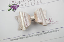 Stacked Mini Sabrina Style Bow || Pale Gold Metallic Felt