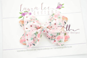 Scalloped Margo Style Bow || Wild Side Floral
