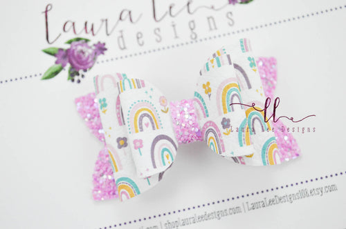 Stacked Winnie Bow Style || Spring Rainbows