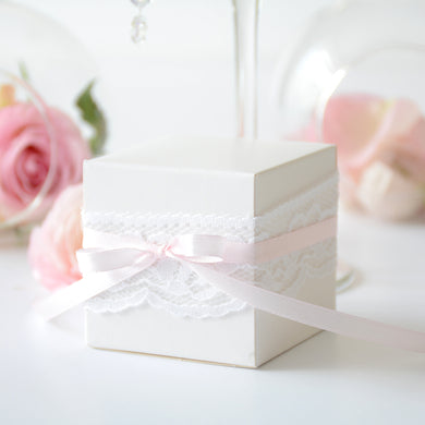 White cube favour box