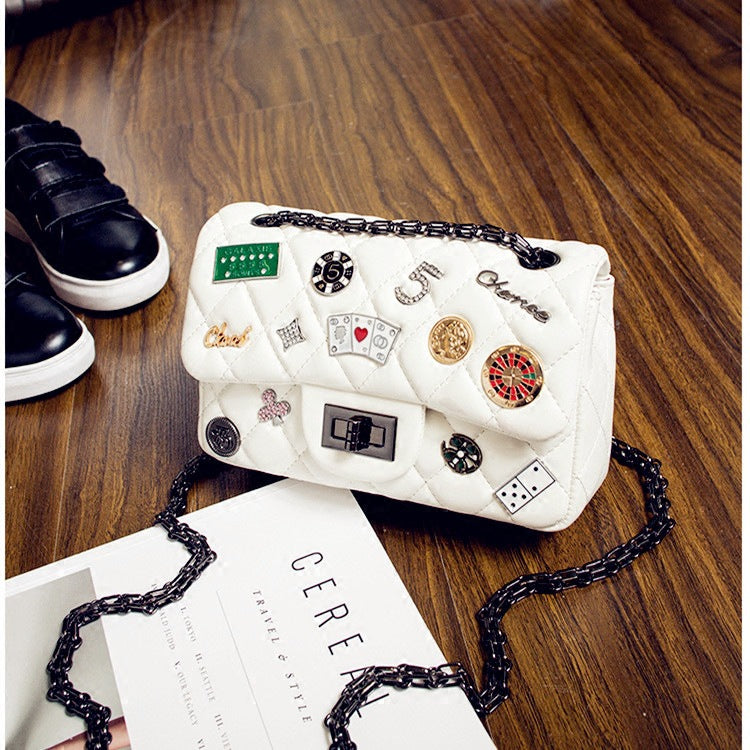 2017 High Quality Small Fragrant Wind Quilted Chain Punk With Diamonds Butterfly Medal Cartoon Printing Shoulder Handbag Sling