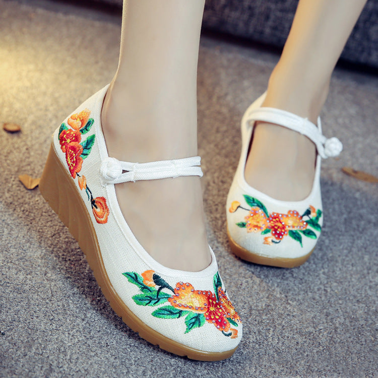 Floral Embroidered Canvas Wedges Med Heels