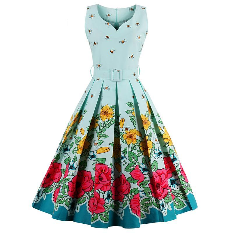 1950s Vintage Summer Dress in Floral Bee Print