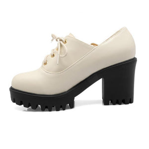 Vintage Lace-up Platform Pumps