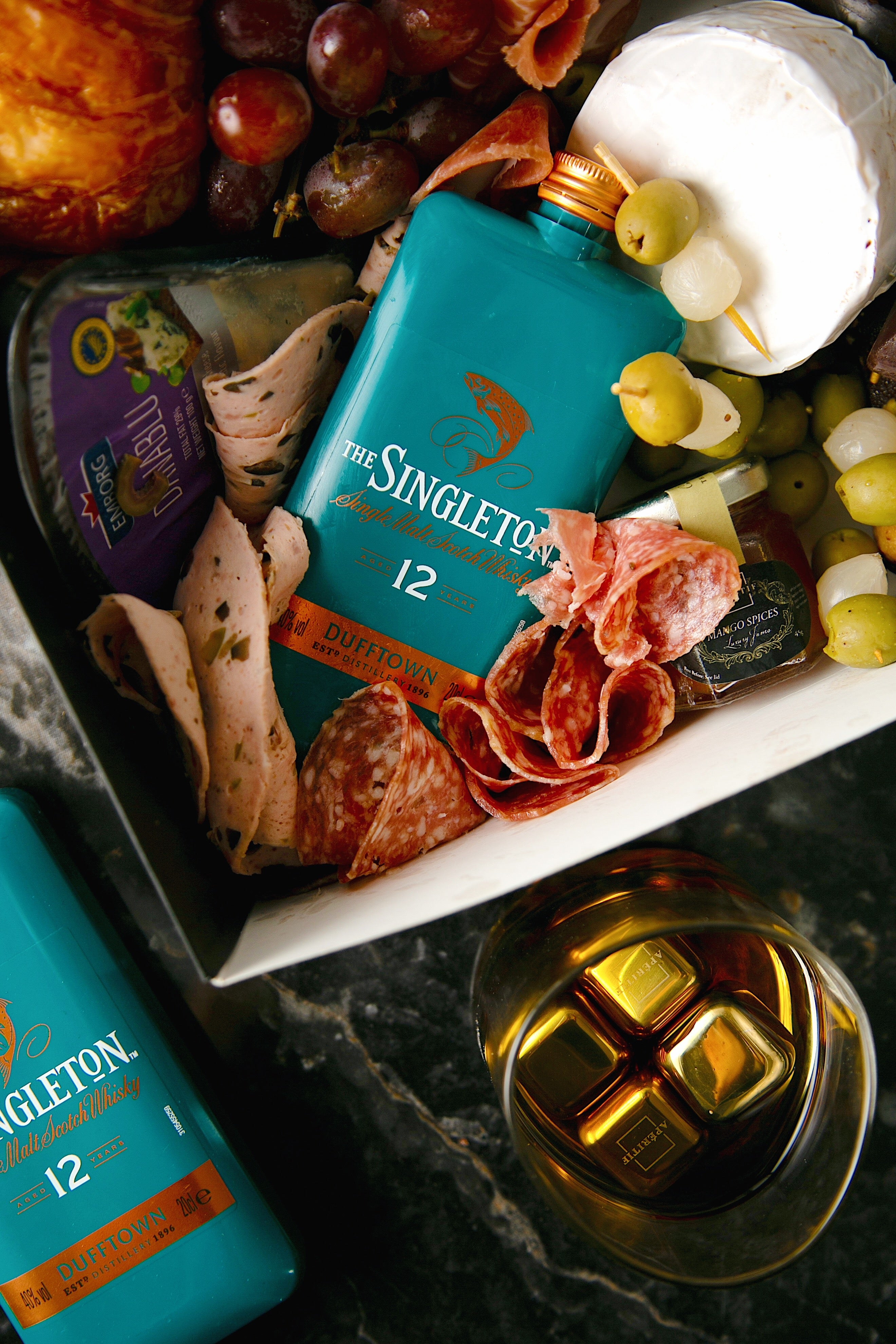Sweet and Savory box with Singleton Whisky