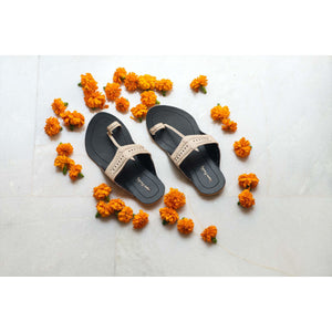 Black & Beige Handcrafted Two-Tone Kolhapuris
