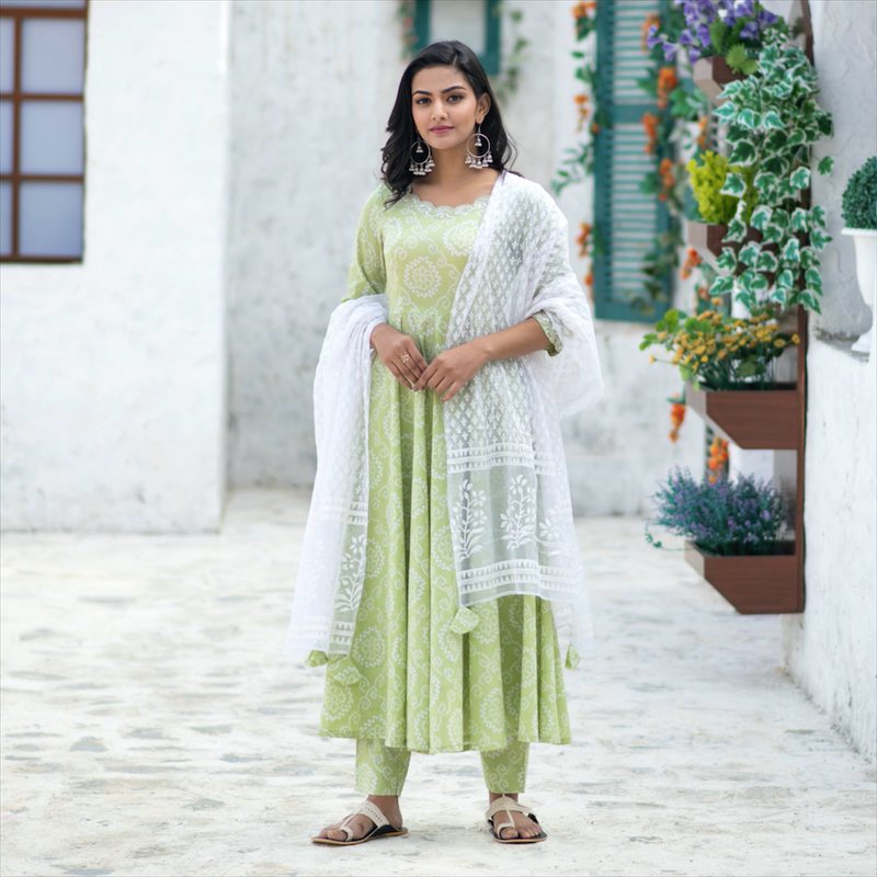 Embroidered Bandhani Suit Set In Light Green