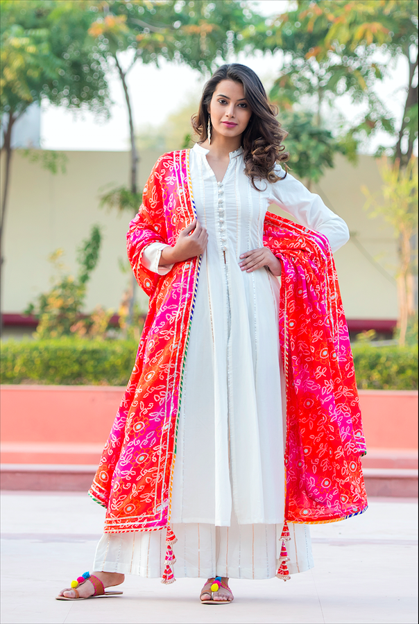 White Kali Gota Suit With Bandhani Duppata