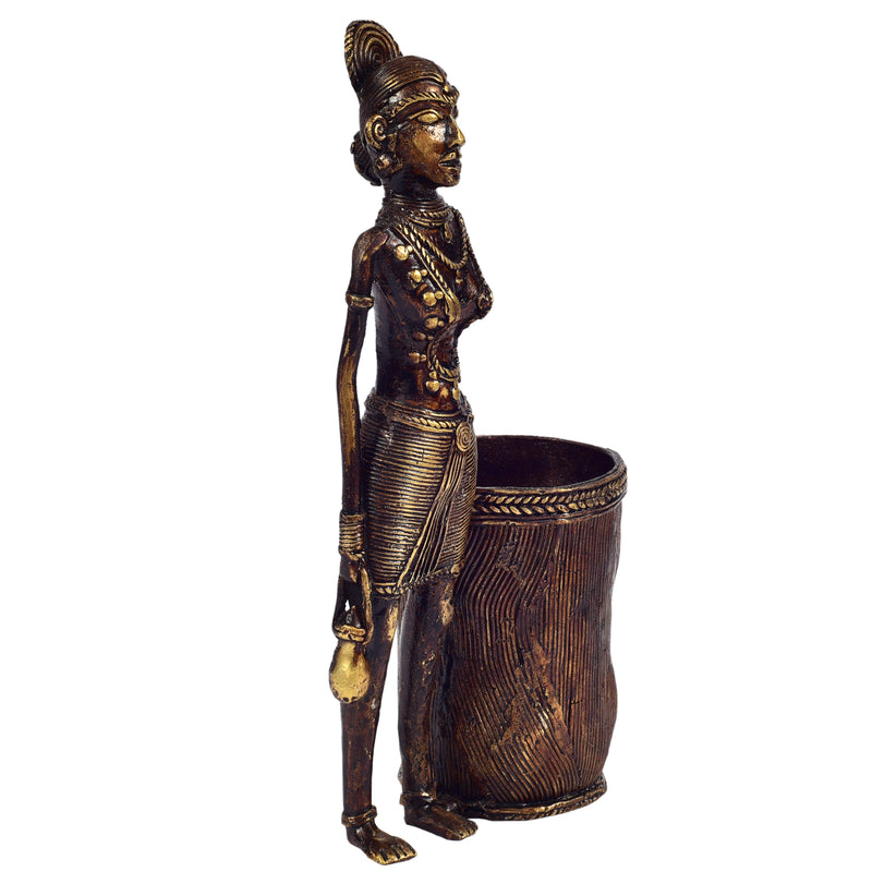 Bastar Man with Pen stand