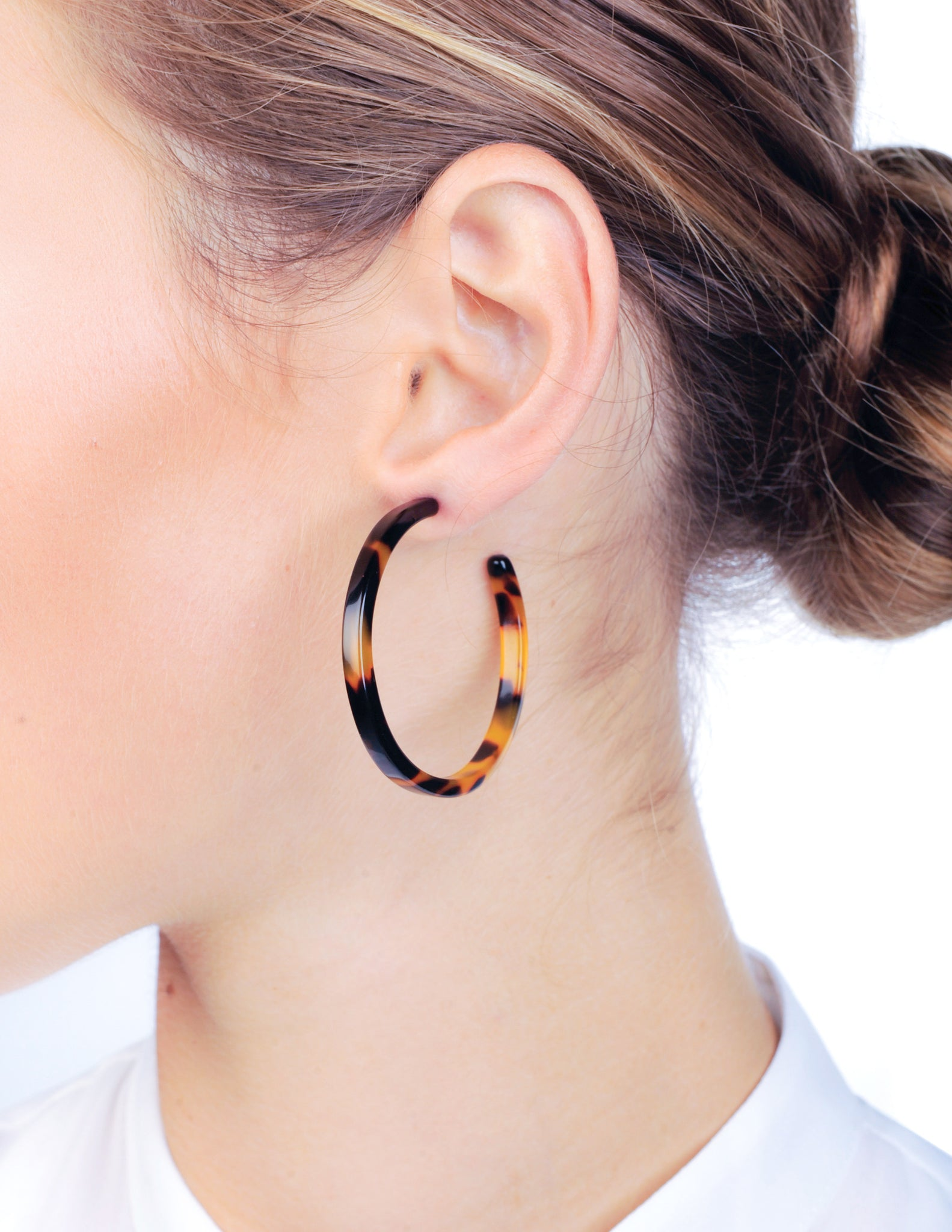 Freya Squared Hoops - Honey Tortoise Shell - Stile Forma