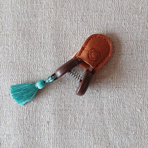 Cohana Mini Scissors- with turquoise tassel