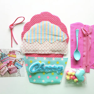 Cup Cake Pouch Sewing Kit by Yubi (Yasuko Yubisui) (Blue Cherry)