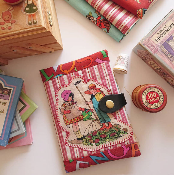 SEWING PATTERN --  Little Vintage Case (Printed)