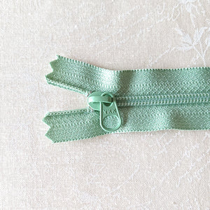 YKK Candy Color Zipper -- Green(15cm/6in)