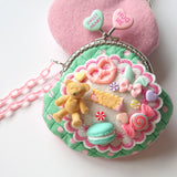 Sweet Bear Gamaguchi Sewing Kit by Yubi (Yasuko Yubisui) (Green)