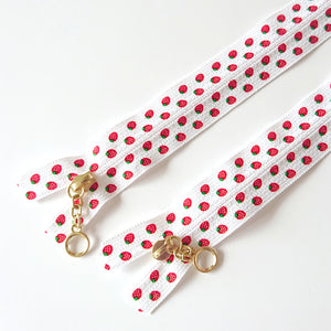 YKK Printed Strawberry Zip Bundle -- A Two Studio by Atsuko Matsuyama