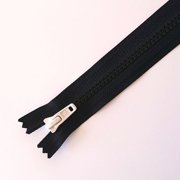 YKK TOY ZIPPER - BLACK +WHITE (20cm)