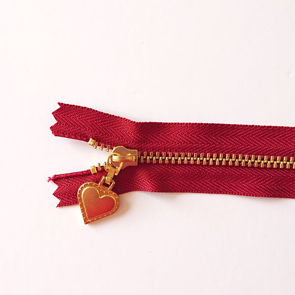 YKK Gold Zipper with Heart Pull - red (30cm/12inches)