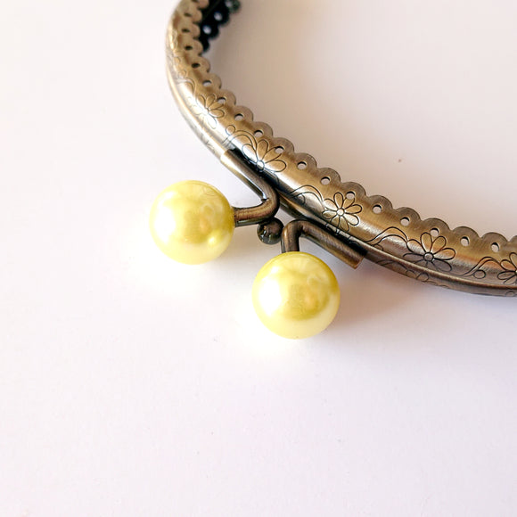 Metallic Purse Clasp Frame with Round Beads -- Pearl Yellow