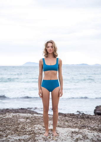 Top THIRA - BLEU Cabanon