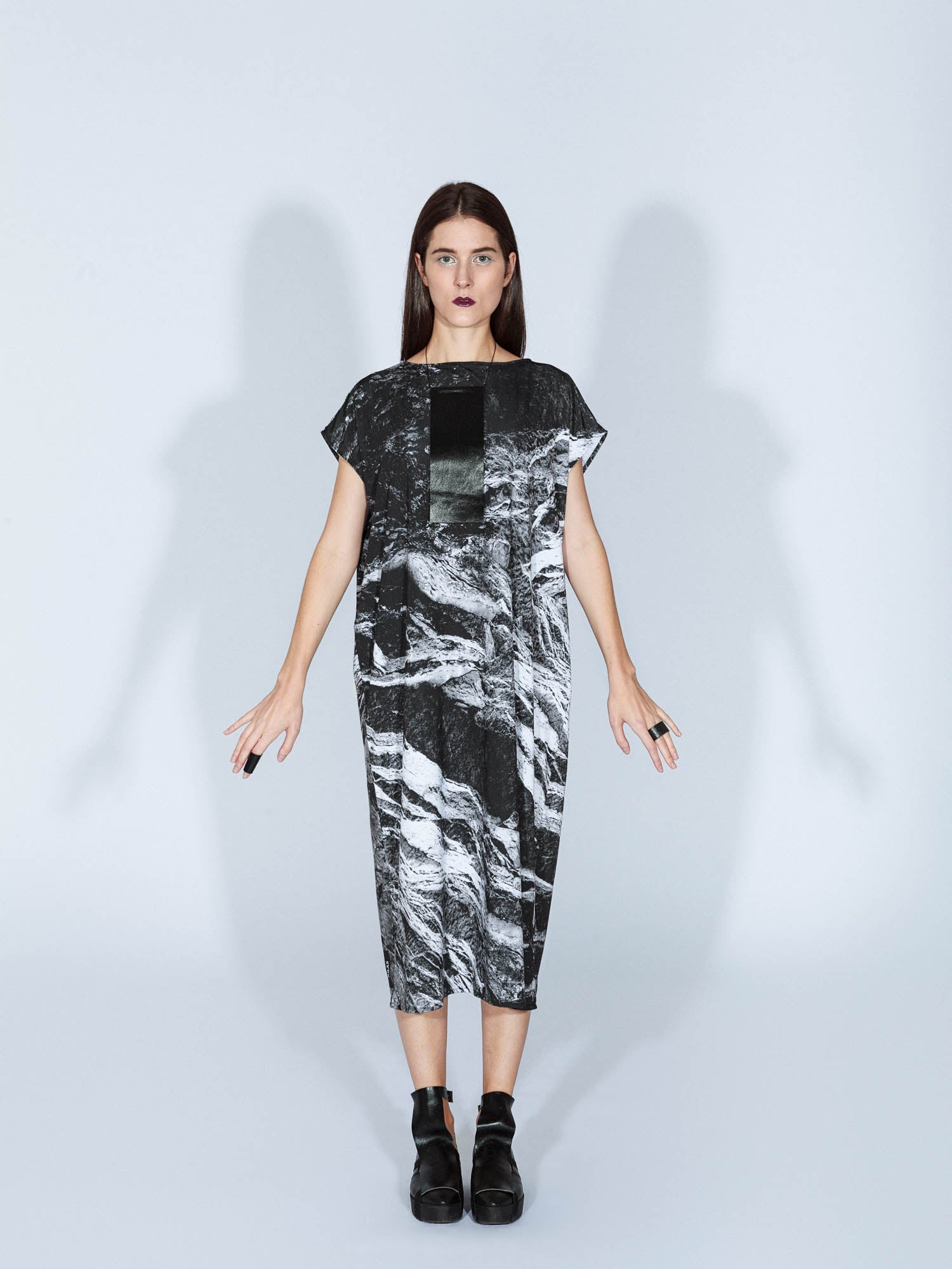 MONOLITH DRESS ROCKS LONG