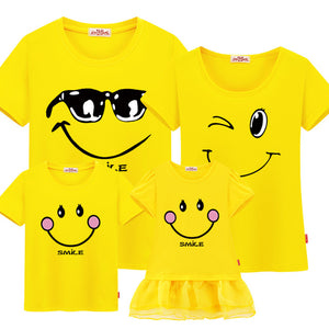 T-shirt Smile Cool Famille Jaune - T-shirt -  SameClothes