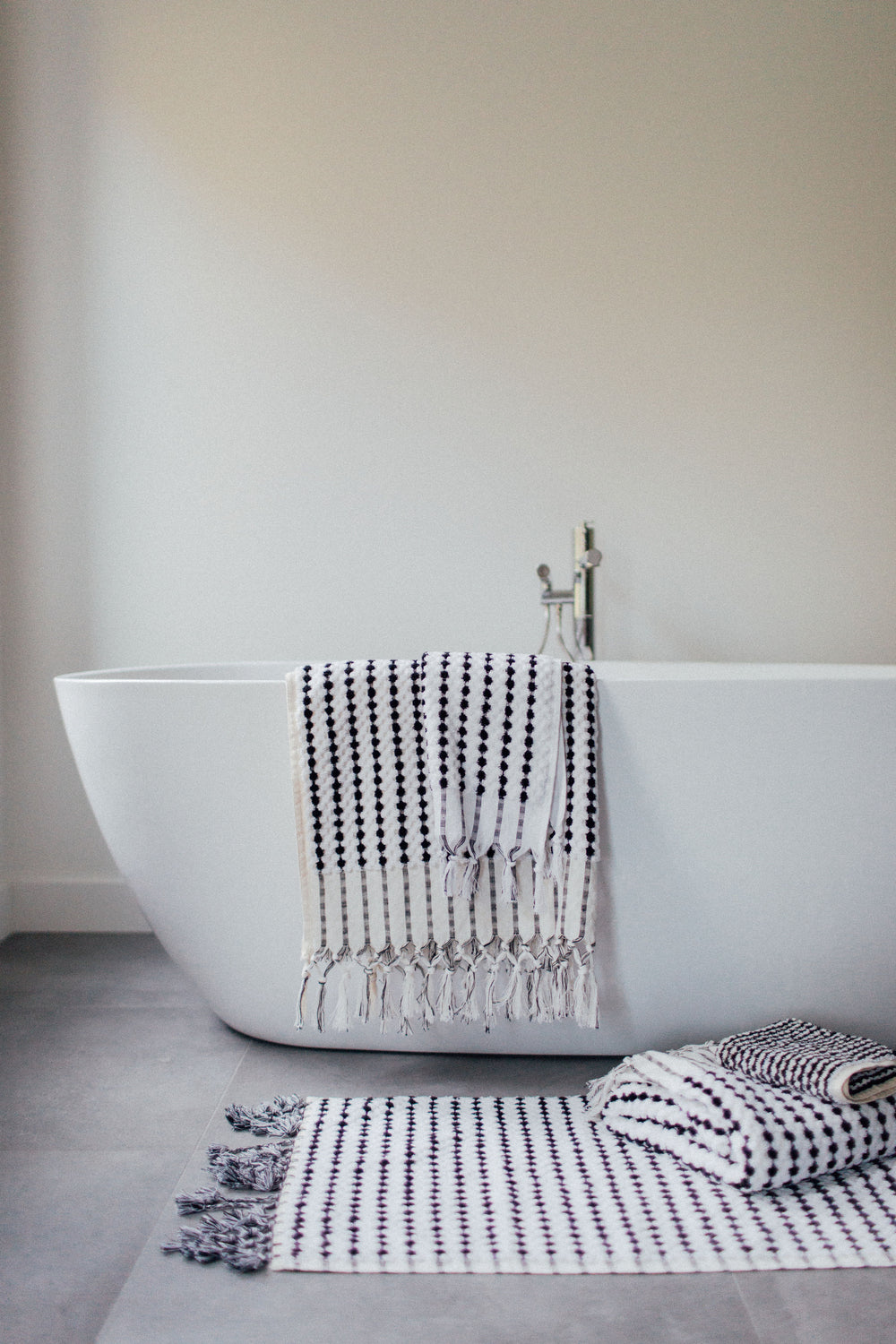 Black & White Bath Mat
