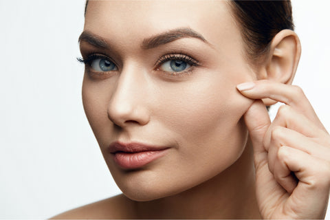 Benefits of plant oils with essential oils to help with skin elasticity