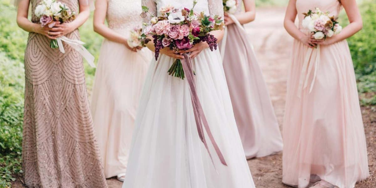 The #EmmaWallaceInsidersGuide - Top 5 Wedding Outfits for Different Types of Wedding