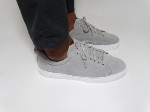 LOW CUT PRIMES IN GREY SUEDE
