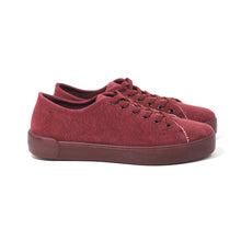 Canvas Maroon