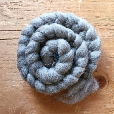 Shetland grey. British Wool Tops 100g