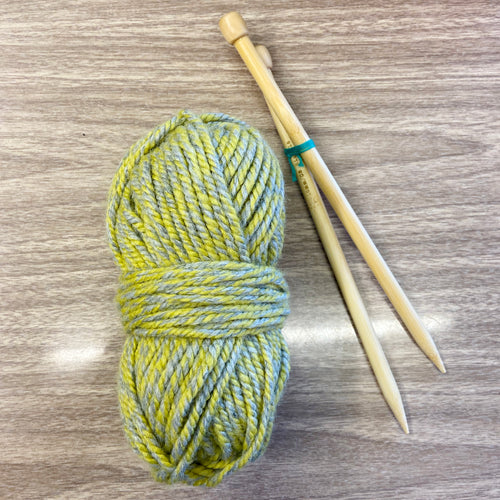 Beginner Knitting Kit- Chunky!