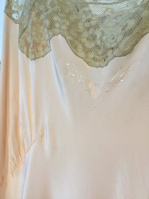 1930's Silk and Lace Nightgown XL/XXL #033