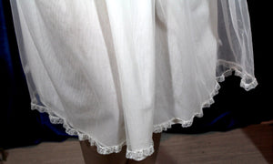 Fluffy White Daisy Dress M/L #088