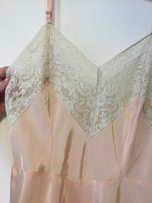 Angelika for Gigi's : Pale Pink Mini Slip - XS/S