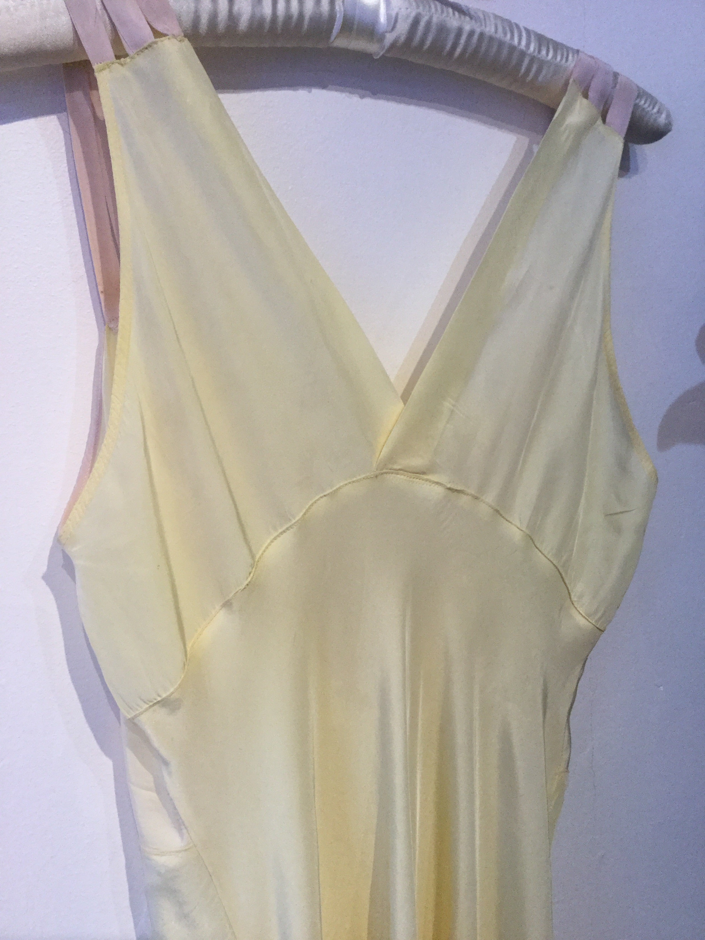 Angelika for Gigi's : Yellow Dress with Mauve Details - M/L Full Bust