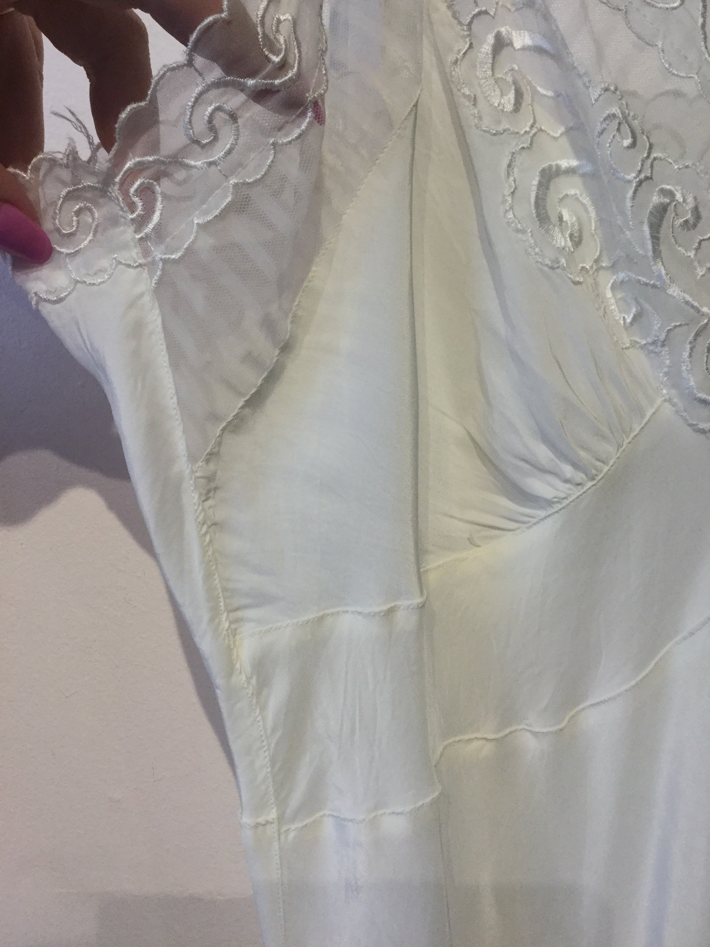 "Icing on The Cake White Slip by ""Lucky Girl"" L/XL #095"
