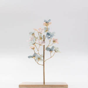 Porcelain Hydrangea Tree - Brass Tree for interior decoration - by Alain Granell
