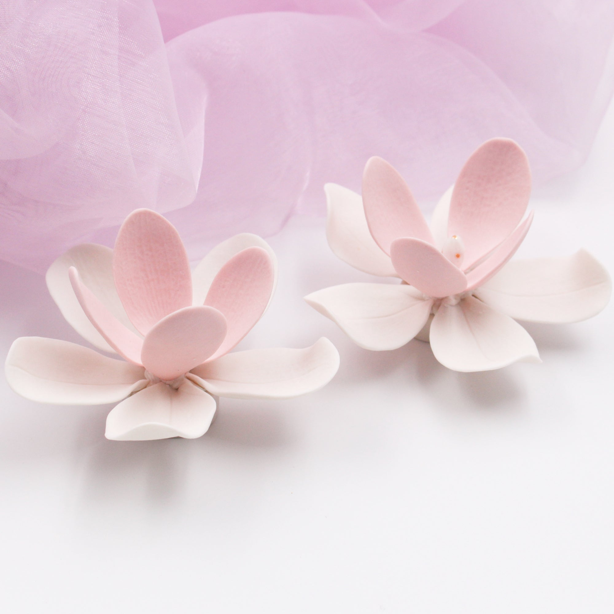 Pink Porcelain Magnolia - Handmade Porcelain Flower for Interior and Event Decoration - Made in France by Alain Granell – Home and Wall Decoration