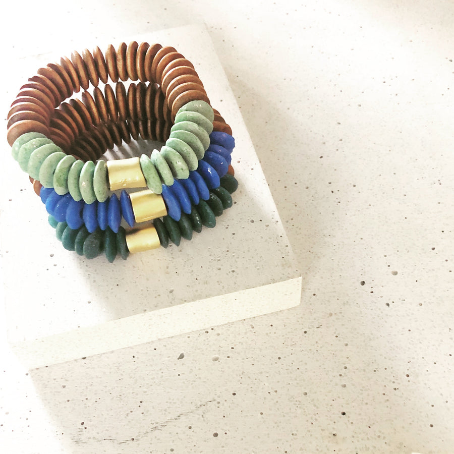 The Natural & Glass Beaded Bracelet