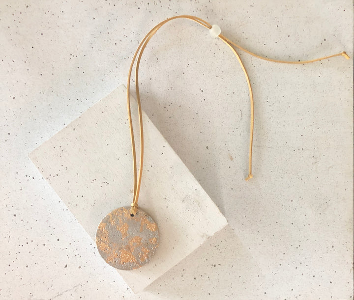 Gold Marble Concrete Round Pendant Necklace