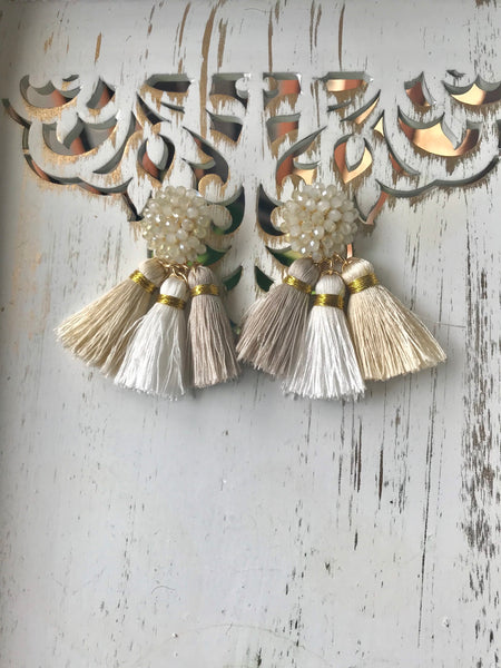 PEACE EARRINGS IVORY