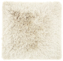 "Load image into Gallery viewer, Mina Victory Yarn Shimmer Beige Shag Throw Pillow TL004 20"" x 20"""