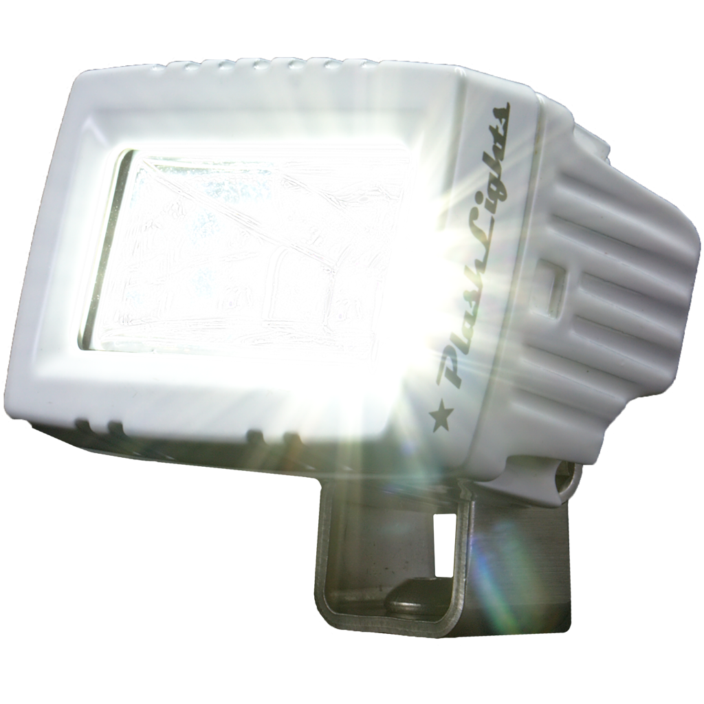 LED MARINE SPREADER LIGHT WITH A WIDE BEAM AND BRIGHT