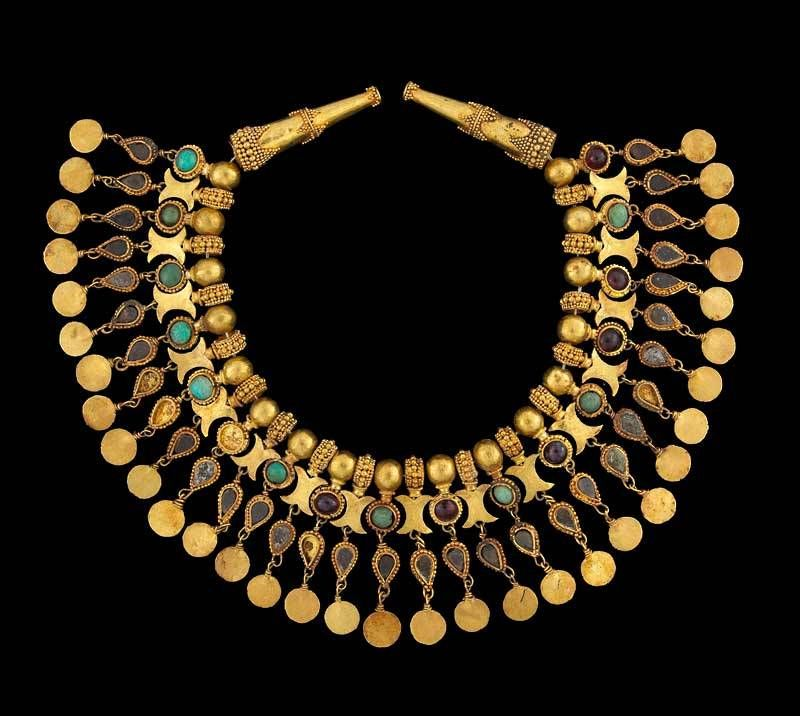 A Brief History of Jewellery - Finley's