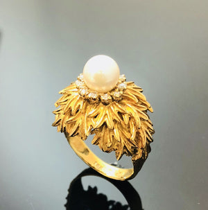 Ladies 18kt Gold Pearl Ring with One Round Cultured Pearl, Size 6.75