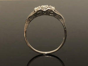 Ladies 18kt White Gold Diamond Ring, Size 9.5