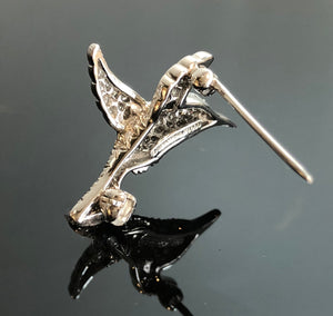 Tiffany & Co. Platinum and Diamond Mini Hummingbird Brooch - Beautiful